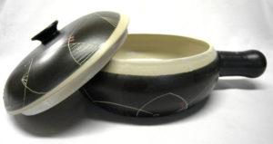 Cassolette avec couvercle à coté
