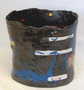 vase paper clay noir